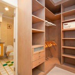 Апартаменты Argyle Apartments Pattaya Паттайя сейф в номере