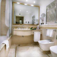 Отель A La Commedia 4* Стандартный номер фото 8