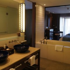 Отель Anantara Sanya Resort & Spa 5* Номер Премьер с различными типами кроватей фото 3