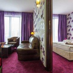 Best Western Art Plaza Hotel 3* Улучшенный номер с различными типами кроватей фото 4