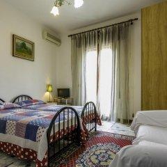 Отель B&B The Caponi Bros 3* Стандартный номер с двуспальной кроватью (общая ванная комната) фото 7