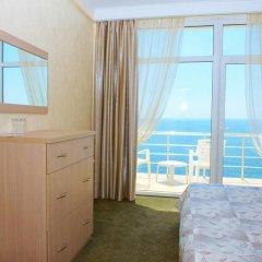 Гостиница Вилла Лаванда Стандартный семейный номер с двуспальной кроватью фото 4