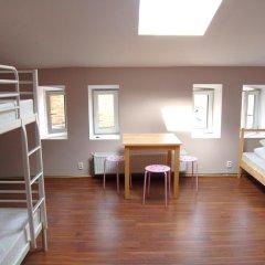 Хостел Fabryka Кровать в общем номере фото 4