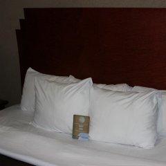 Отель La Quinta Inn & Suites New York City Central Park 2* Стандартный номер с двуспальной кроватью фото 9