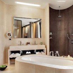Bulgari Hotel Milan 5* Улучшенный люкс с различными типами кроватей фото 2