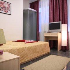Отель Home Slava White Улучшенный номер фото 12