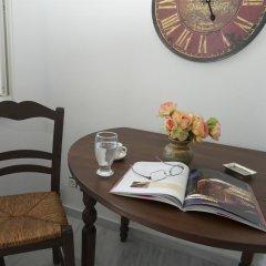 Отель Oias Retreat в номере