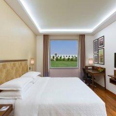Отель Four Points by Sheraton New Delhi, Airport Highway 4* Номер Комфорт с различными типами кроватей фото 5