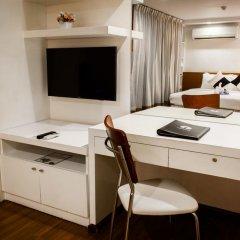 I Residence Hotel Sathorn 3* Улучшенный номер с различными типами кроватей фото 5