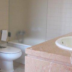 Отель Vivenda Prata Португалия, Виламура - отзывы, цены и фото номеров - забронировать отель Vivenda Prata онлайн ванная фото 2