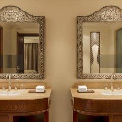Отель Ajman Saray, A Luxury Collection Resort 5* Номер Делюкс фото 4