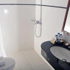 Отель Best Western Phuket Ocean Resort 4* Улучшенный номер двуспальная кровать фото 3