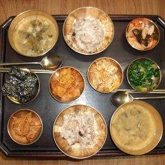Отель Hyosunjae Hanok Guesthouse питание