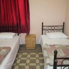 Roman Theater Hotel Стандартный номер с 2 отдельными кроватями (общая ванная комната) фото 4