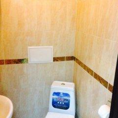 Гостиница Три мушкетёра Стандартный номер с двуспальной кроватью (общая ванная комната) фото 7