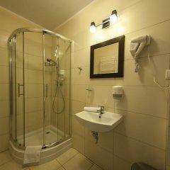 Отель Villa Pallas Польша, Гданьск - отзывы, цены и фото номеров - забронировать отель Villa Pallas онлайн ванная