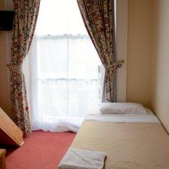 Pembridge Palace Hotel 3* Номер с общей ванной комнатой с различными типами кроватей (общая ванная комната) фото 3