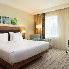 Гостиница Hilton Garden Inn Moscow Новая Рига 4* Стандартный номер с двуспальной кроватью фото 6