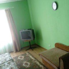 Гостиница on Rizhskaya 10 в Плескове отзывы, цены и фото номеров - забронировать гостиницу on Rizhskaya 10 онлайн Плесков комната для гостей фото 5