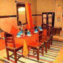 Отель Riad Ouzine Merzouga Марокко, Мерзуга - отзывы, цены и фото номеров - забронировать отель Riad Ouzine Merzouga онлайн питание фото 2