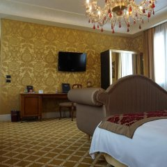 Отель Pesaro Palace 4* Стандартный номер с различными типами кроватей фото 17