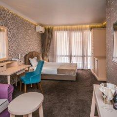 Отель 8 1/2 Art Guest House 3* Люкс с различными типами кроватей фото 7
