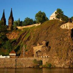 Отель Meran Чехия, Прага - 7 отзывов об отеле, цены и фото номеров - забронировать отель Meran онлайн приотельная территория фото 2
