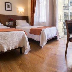 Отель Aliados 3* Номер категории Эконом с 2 отдельными кроватями фото 15