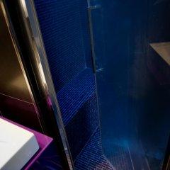 Отель Torre Argentina Relais - Residenze di Charme 3* Стандартный семейный номер с двуспальной кроватью фото 10