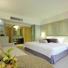 Отель Katathani Phuket Beach Resort 5* Номер Делюкс с двуспальной кроватью фото 20