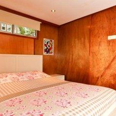 Отель Dutch Canal Boat Нидерланды, Амстердам - отзывы, цены и фото номеров - забронировать отель Dutch Canal Boat онлайн комната для гостей фото 2
