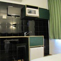 Отель Hostal Athenas Стандартный номер с различными типами кроватей фото 12