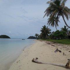Отель Yasawa Homestays Фиджи, Матаялеву - отзывы, цены и фото номеров - забронировать отель Yasawa Homestays онлайн пляж фото 2