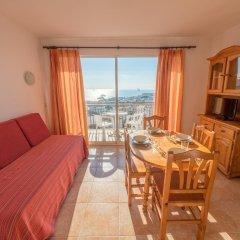 Отель Apartaments AR Europa Sun Испания, Бланес - отзывы, цены и фото номеров - забронировать отель Apartaments AR Europa Sun онлайн комната для гостей фото 5