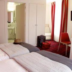 Отель Hôtel Le Richemont 3* Улучшенный номер с двуспальной кроватью фото 5