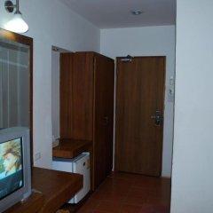 Suriwongse Hotel 3* Номер Делюкс с двуспальной кроватью фото 6