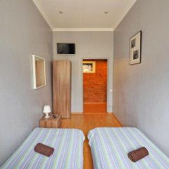 Diva Хостел Стандартный номер с 2 отдельными кроватями (общая ванная комната) фото 4
