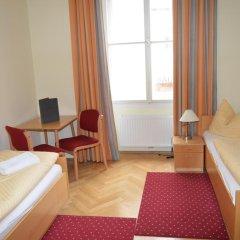 Отель Gästehaus Im Priesterseminar Salzburg 3* Стандартный номер фото 3