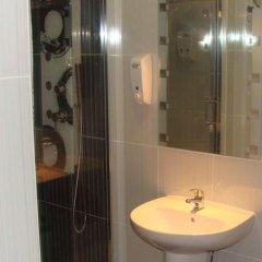 Отель Hostal JQ Madrid 1 ванная фото 2