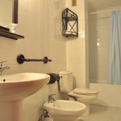 Отель Hostal Europa ванная