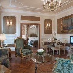Baglioni Hotel Carlton 5* Люкс Делюкс с двуспальной кроватью фото 2