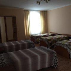 Хостел Красная Поляна Кровать в общем номере с двухъярусными кроватями фото 3