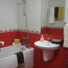 Отель Greek rooms in city centre 3* Номер с общей ванной комнатой с различными типами кроватей (общая ванная комната) фото 7