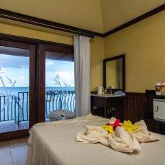 Отель Jewel Paradise Cove Beach Resort & Spa - Curio Collection by Hilton комната для гостей
