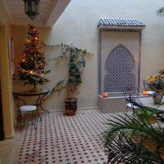 Отель Riad Atlas Toyours Марокко, Марракеш - отзывы, цены и фото номеров - забронировать отель Riad Atlas Toyours онлайн интерьер отеля фото 2
