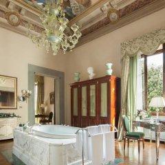 Four Seasons Hotel Firenze 5* Люкс с различными типами кроватей фото 14