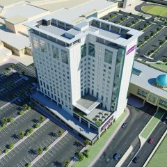 Отель Premier Inn Ibn Battuta Mall балкон