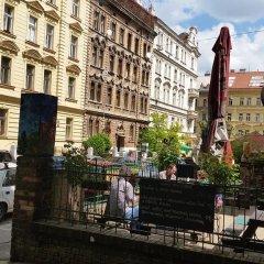 Отель Lovely Prague Havanska Апартаменты с различными типами кроватей фото 3