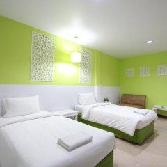 Preme Hostel Стандартный номер с 2 отдельными кроватями фото 6