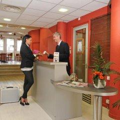 Отель Kyriad Hotel Lyon Centre Croix Rousse Франция, Лион - отзывы, цены и фото номеров - забронировать отель Kyriad Hotel Lyon Centre Croix Rousse онлайн интерьер отеля фото 3